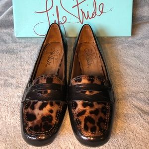 Life stride brown and leopard loafers size 6